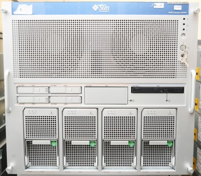 SUN SPARC Enterprise M5000 Server 8x SPARC64 VI 2.15 GHz, 32 GB RAM, 2x 146 GB SAS