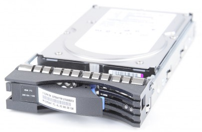 "IBM 300 GB 10K FC 3.5"" Hot Swap Hard Drive - 22R5947"
